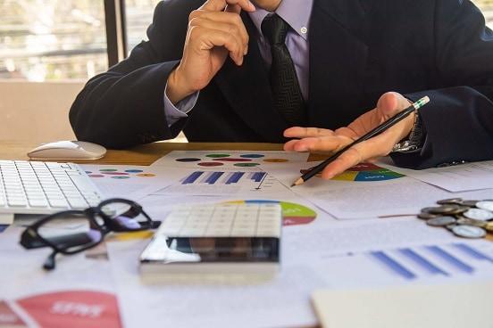 Beratung-durch-Versicherungsmakler-Finanzberater-Aachen